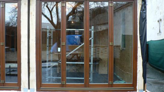 Zalamovacie balkónové dvere
